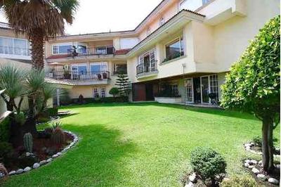Amplia Residencia Lomas Country