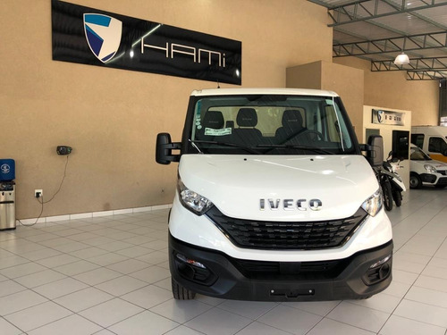 Iveco Daily 35-150 0km 2022 Chassi Cabine Baú