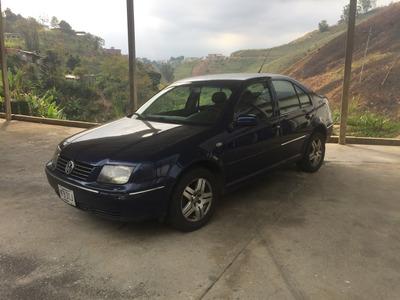 Volkswagen Bora Comfortline 2.0 At