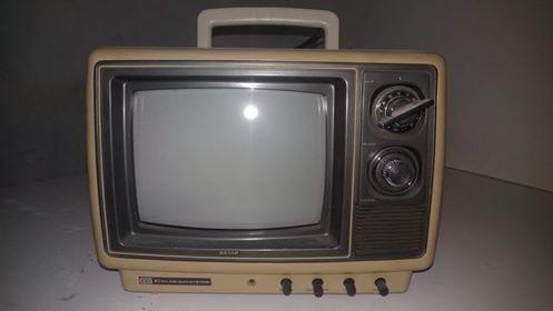 Tv Semp 10 Polegadas Modêlo Tvc10il Funcionando