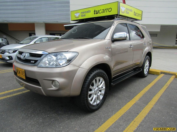 Toyota Fortuner Mt 4000 4x4