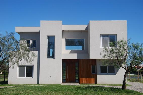 Casa A Estrenar En La Laguna De San Isidro Labrador