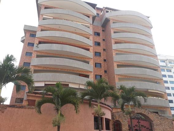 Apartamento En El Rosario. Puerta De Hierro. Merida
