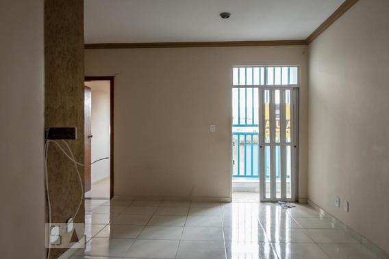 Apartamento No 1º Andar Com 3 Dormitórios E 1 Garagem - Id: 892971043 - 271043