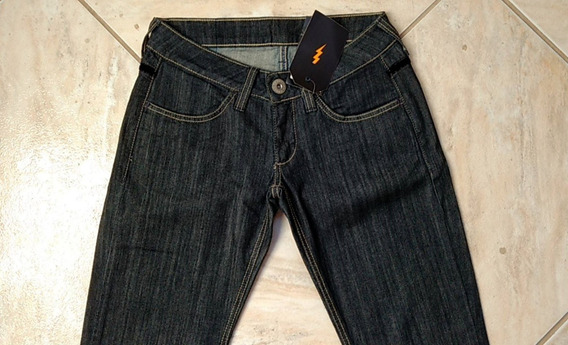 Calça Black Jeans Saint Tropez Feminina Da Zoomp Com Veludo