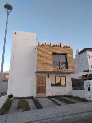 Imagen 1 de 11 de Casa En Preventa De Estilo Nórdico Con Alberca En Zibatá! Am