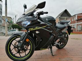 Yamaha R3 2015 Negra