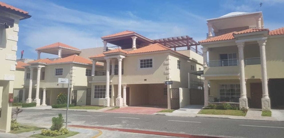 Casa En Alquiler, Madre Vieja Sur, San Cristobal