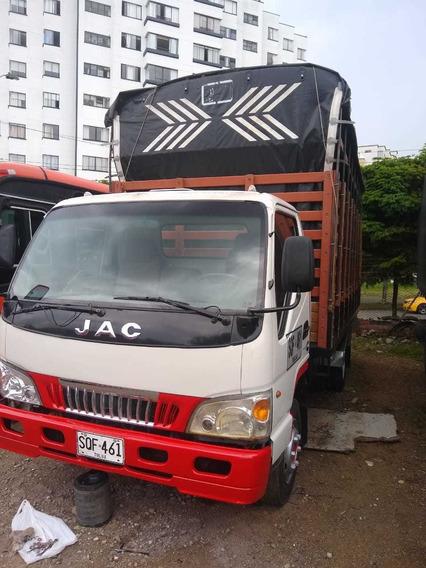 Camion Jac Estacas 2014