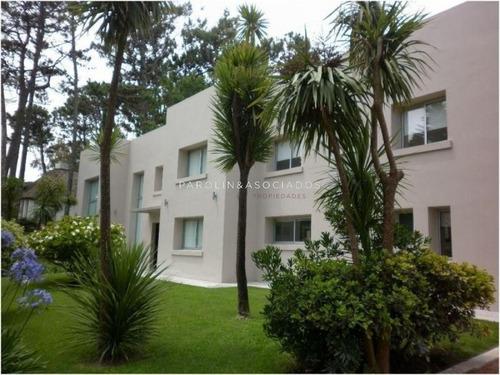 Venta De Casa 4 Dormitorios En San Rafael, Punta Del Este -ref:235