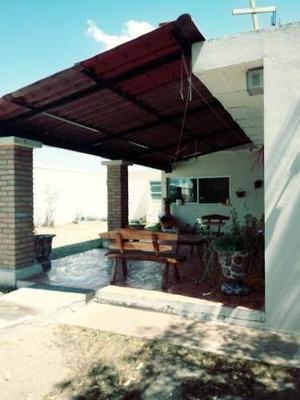 Casa En Fracc. Viñedos San Felipe, Al Poniente.