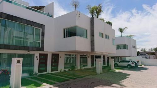 Renta De Casa En Fraccionamiento El Cielo Zona Cuautlancingo, Puebla.