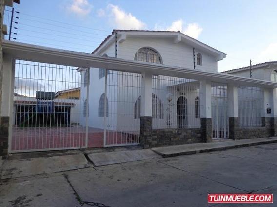 Quinta En Venta San Omero Ii La Victoria 19-16028 Hcc