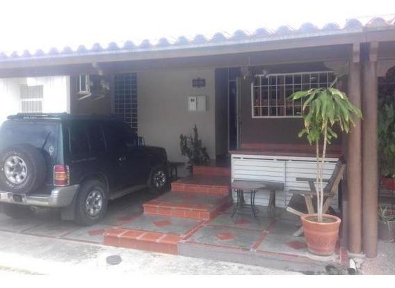 Casa En Venta Cabudare Cabudare 20-2805 Rg