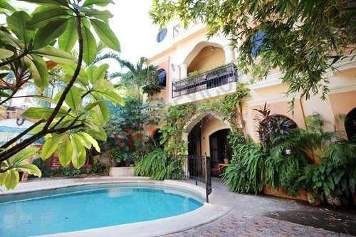 Hotel Loro De Oro Inn