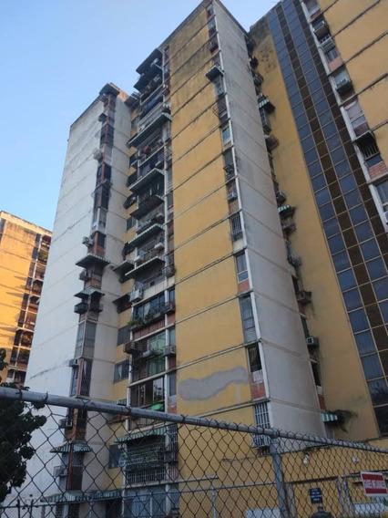 Maison Vende Apartamento En San Jacinto 04149436977