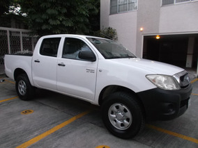 Toyota Hilux Cabina Doble Mt