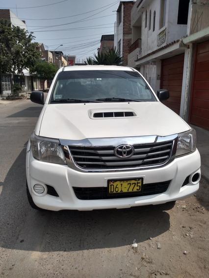Toyota Hilux 4x 4