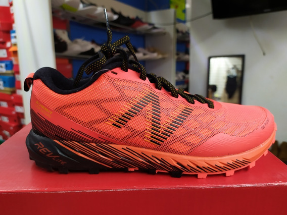 Tenis New Balance Summit Trail Running