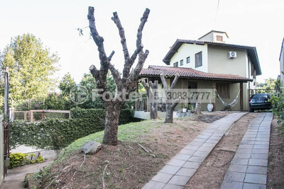 Casa, 4 Dormitórios, 379 M², Teresópolis - 100939