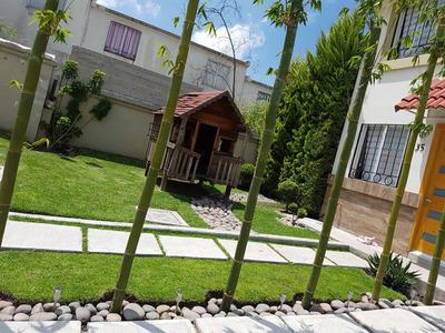 Hermosa Casa Con Acabados Y Amplio Jardín.