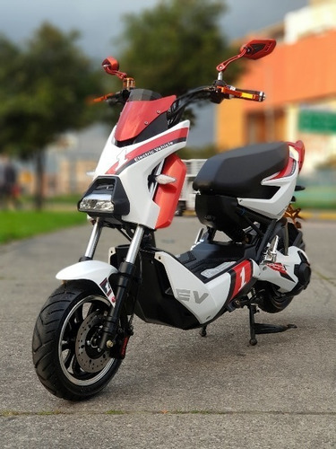 Yadea Moto Eléctrica Yadea Xmen 1000w Usada (like New)