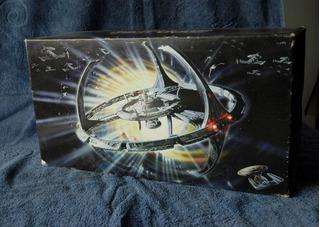 Star Trek Deep Space Nine - Caixa Decorativa Para Vhs