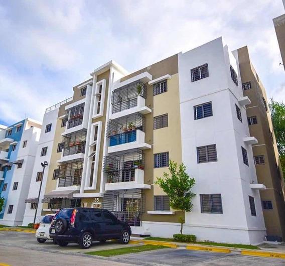 Apartamento 3 Habitaciones 2 Baños Y 2 Parqueos Área Social