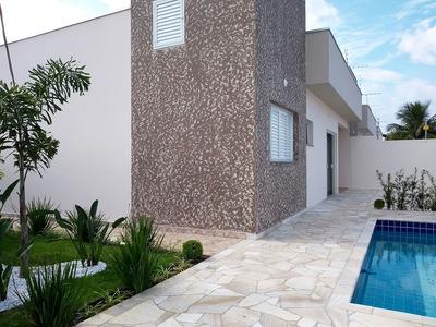 Casa Com Piscina Na Praia De Itanhaém A 300 Metros Do Mar.
