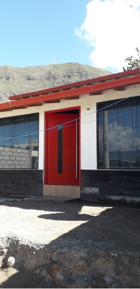 Casa 3 Hab..1 Mezanine.sala Comedor Y 2 Baños