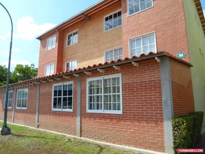 Apartamento En Alto Grande 18-8896