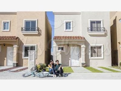 Casa Sola En Venta Los Viñedos Residenciales