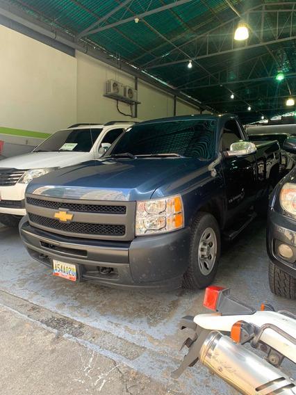 Chevrolet Silverado La 4x2