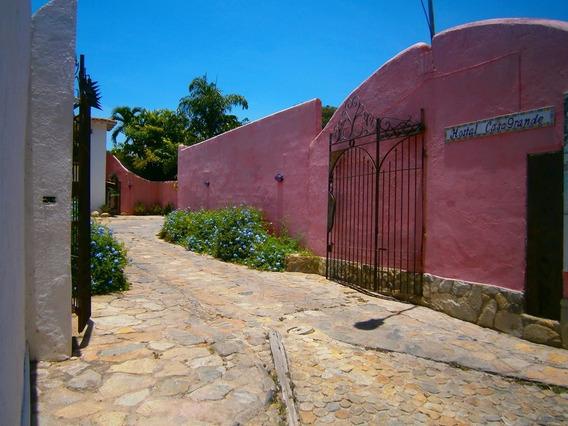 Venta De Posada En Las Delicias Choroni - Conde 04242191182