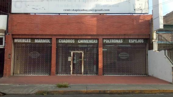 Comercial En Zona Centro Alquiler 20-17062 Jm 04145717884
