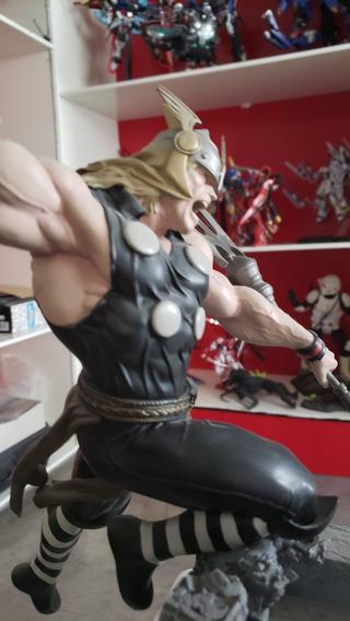Sideshow Collectibles Thor Vs Loki Dio