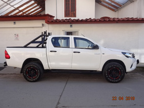 Impecable Toyota Hilux 4x4 A/c 2017