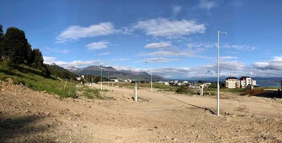 Lote En Zona Céntrica De Ushuaia, Plano Con Excelente Vista