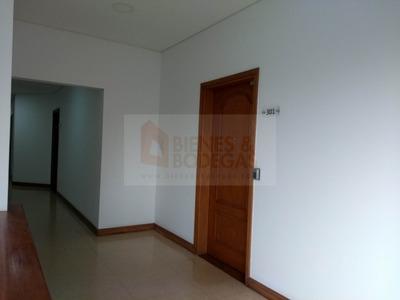 Oficinas En Arriendo Milla De Oro 643-2135
