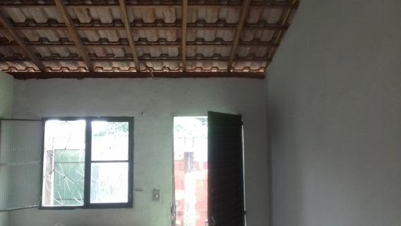 Casa 2 Quartos ,sala ,cozinha E Banheiro