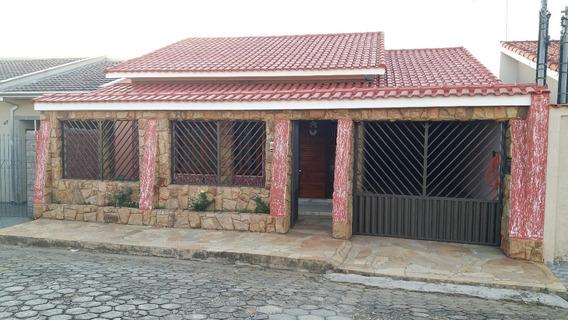Casa A Venda Em Borda Da Mata, No Bairro São Judas - Ete185