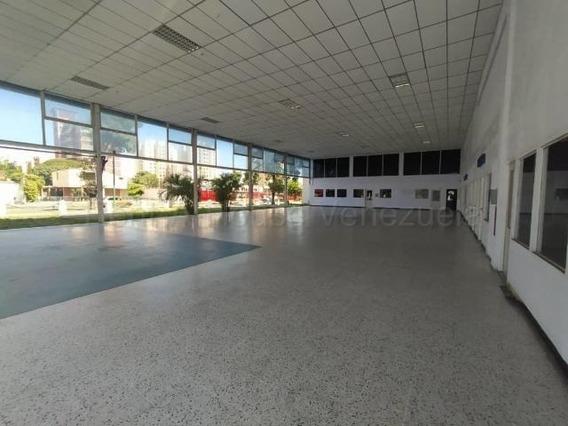 Galpon En Alquiler Zona Centro Oeste Barquisimeto 21-6516 Zegm