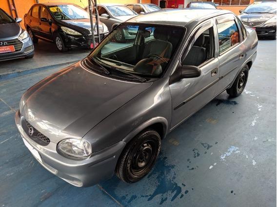 Corsa Sedan Wind 1.0 2001 Basico
