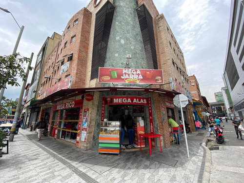Negocio En Venta (restaurante En El Hueco)