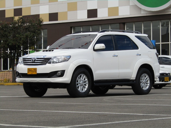 Toyota Fortuner Sr-v 3000 At Aa 2ab Abs 4x4