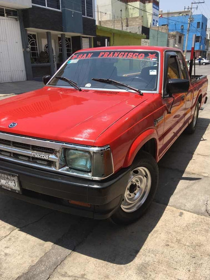 Nissan Pick-up Pickup Cabina Media