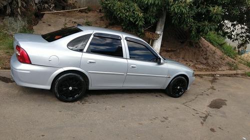 Imagem 1 de 4 de Chevrolet Vectra 2001 2.2 Gls 4p