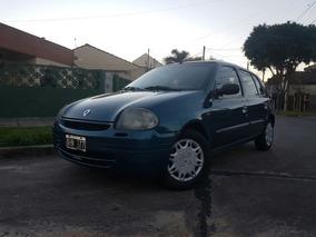 Vendo Renault Clio Nafta 1.6 8v 3er Dueño