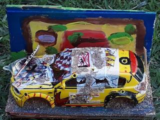 Diorama Carro Táxi Abandonado