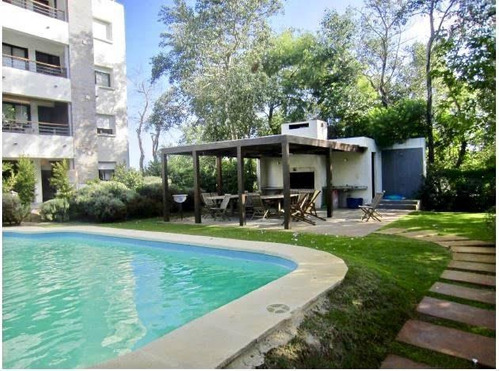 Venta Apartamento 2 Dormiotorios, 2 Baños, Piscina -  Barra De Carrasco